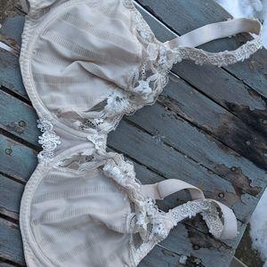 Women's Simone Perele Lace Off White Bra Size 34E